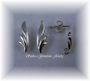 STERLING SILVER LEAF EARRINGS WITH OPEN RING